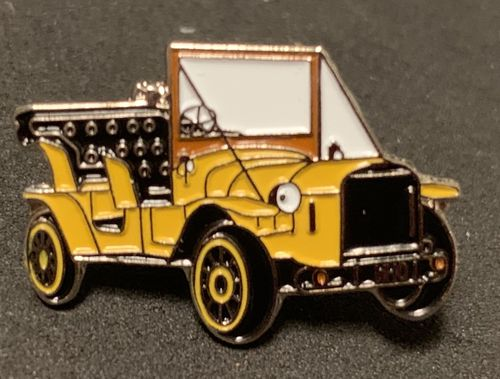 Doctor Who Bessie Car Pin Badge