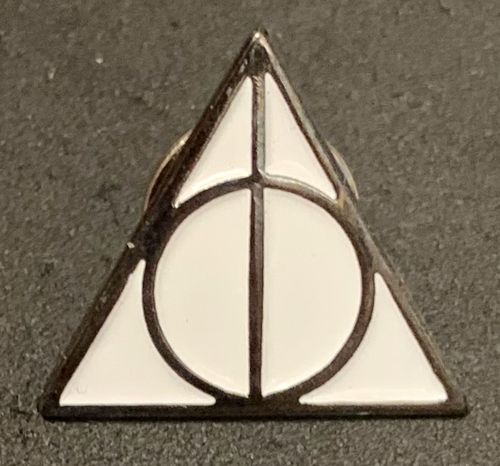 Harry Potter Deathly Hallows Crest Pin Badge
